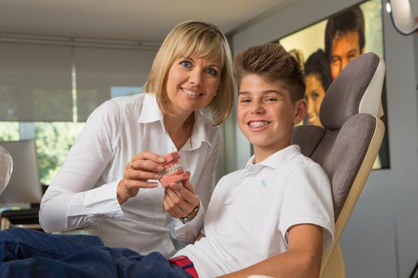 Orthodontie invisible le traitement par goutti res orthodontiste le mans - Cabinet dentaire le mans ...